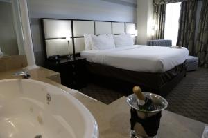 We Love our LI Hotels!