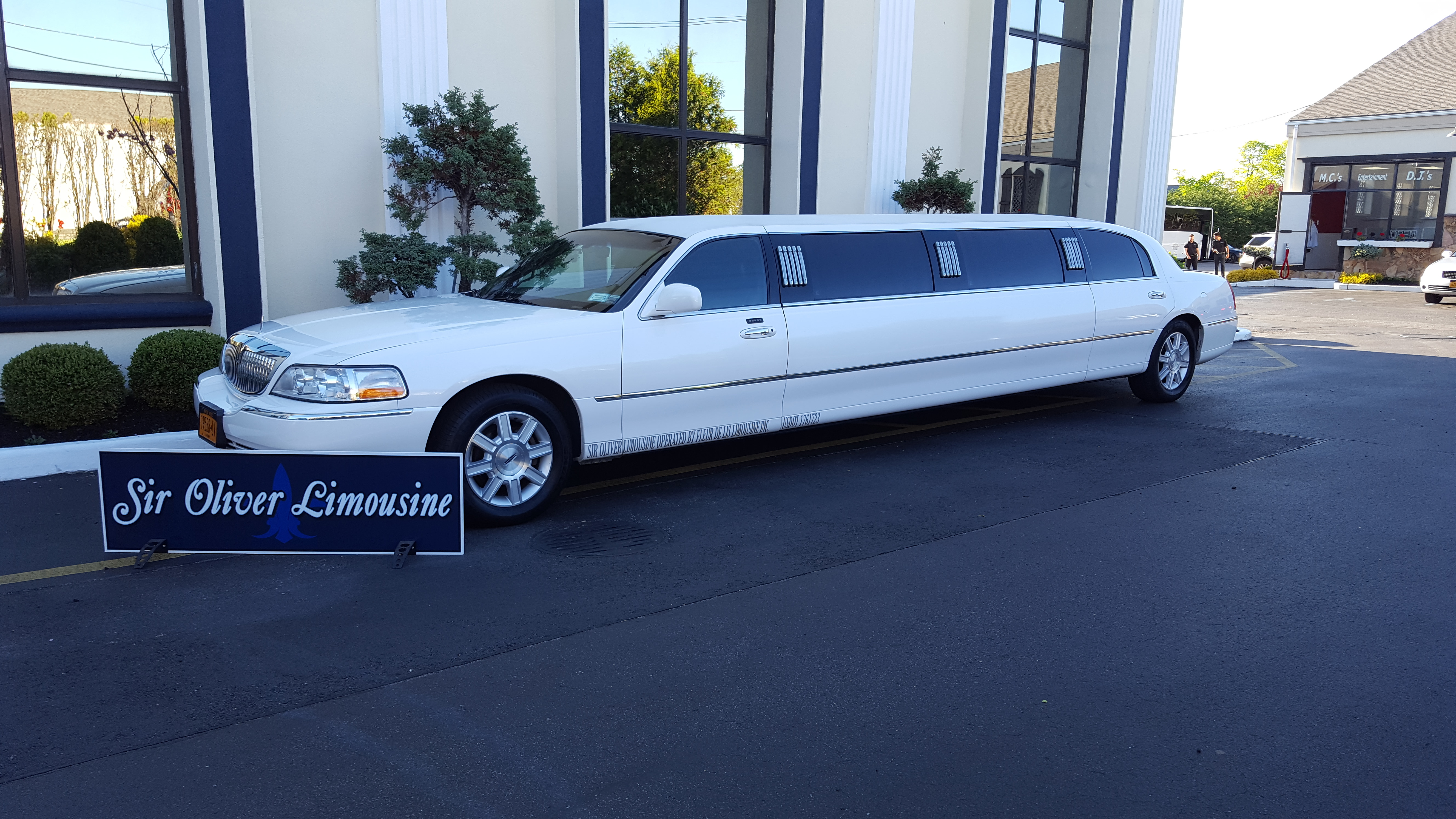 Sir Oliver Limousines
