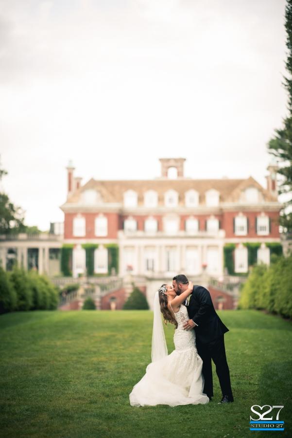 Laura and Roy - Real Weddings Long Island, NY