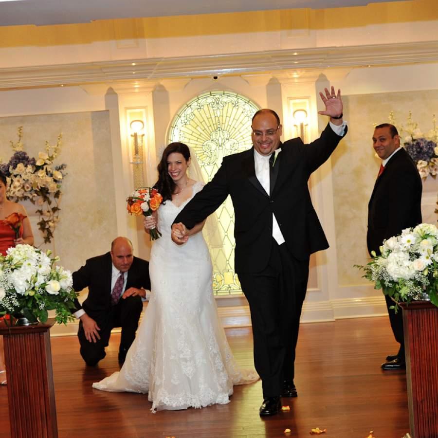 Mindy and Elbert - Real Weddings Long Island, NY