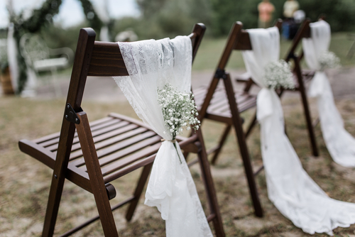 "Home Grown ""I Dos"": Backyard Weddings Heat Up This Spring And Summer Season"