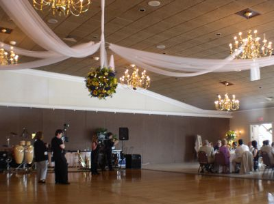 Long Island Wedding Hall on Decoration Planning Your Wedding Reception Halls Decorated Head Table