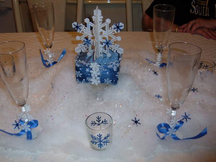Brides helping ™ my diy winter centerpieces