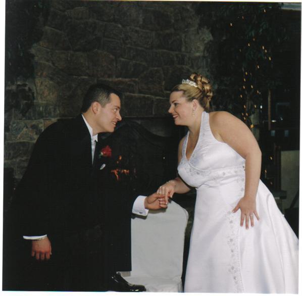 Halter Style Wedding Gowns: PICS Of HALTER STYLE Wedding