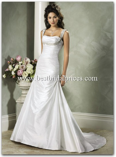Re Heip please post pictures of wedding dresses with sleeves