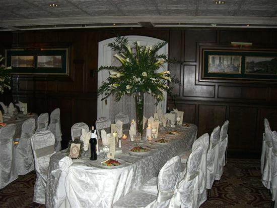 Re Calla Centerpieces Here is a pic from my wedding