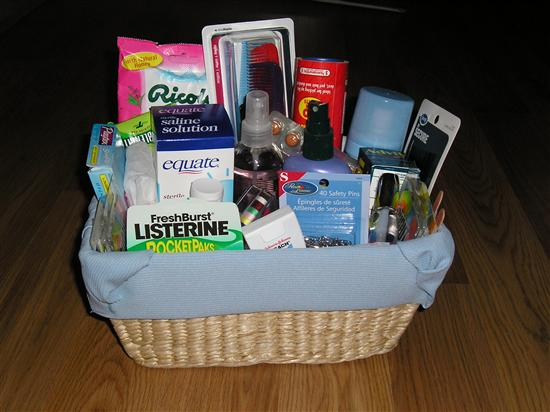 how to make great bathroom baskets for weddings hubpages rh hubpages com bathroom baskets wedding lists bathroom baskets for wedding guests