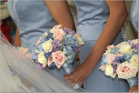 Re Brides W Blue Bm Dresses Show Me Your Flowers