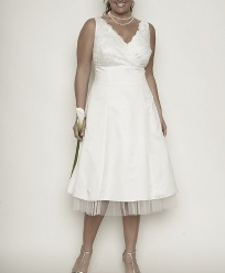 I Am In Love With This Dress Think It Would Be Great For A Rehearsal Dinner Or Bridal Shower