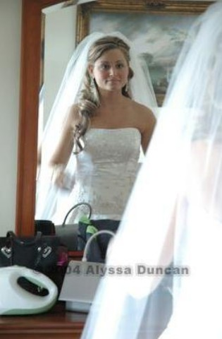 Wedding Hairstyles Half Up Half Down With Tiara And Veil 83465 Usbdata