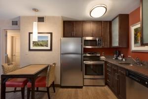 Residence Long Island-Islip