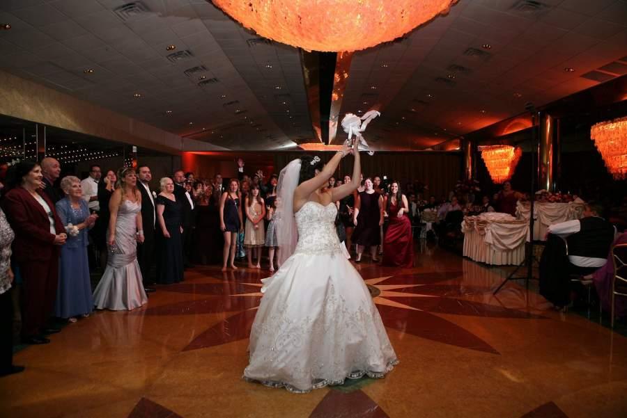 Lisa and Jason - Real Weddings Long Island, NY