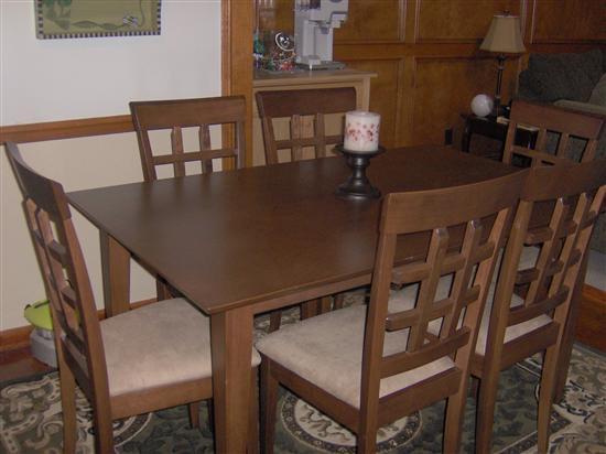 area rug under kitchen table?